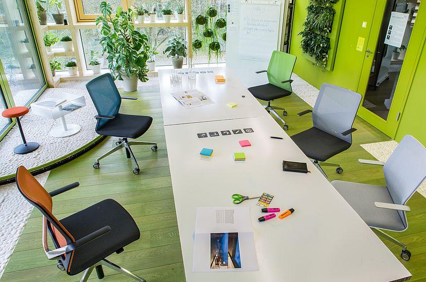 Tradition Und Leistungswille In Der Bürowelt